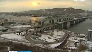 Ограничение движения на въезде на Николаевский мост продлили до 31 июля