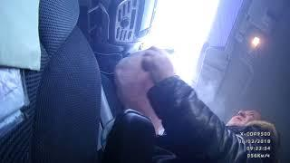 ДТП в Йошкар-Оле: водитель авто снес знак и въехал в магазин