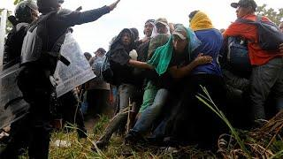 Трамп грозит закрыть границу с Мексикой