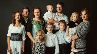 Призеры конкурса «Семья года» из Сургута рассказали почему им стало легче после трёх