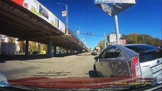 Подборка ДТП / Осень 2018/ Часть 271 - Car Crash Compilation - Part 271
