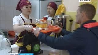 В Красноярске проверили качество шаурмы и дёнера