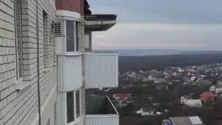 В Ставрополе девушка делала селфи на краю крыши 15 этажки