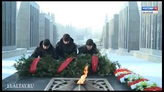 В стране чтили память героев Сталинграда