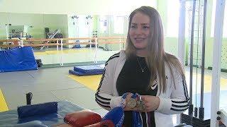Волгоградка Марина Столярова готовится к первенству Европы по армрестлингу
