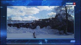 В аварийном доме в поселке Лоухи обвалилась крыша