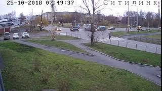 В Петрозаводске после ДТП едва не перевернулась маршрутка с пассажирами