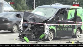 Смертельное ДТП на Дорогожичах в Киеве: одна из машин вылетела на тротуар и сбила пешеходов 24.07.18