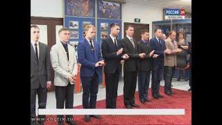 Заместитель министра внутренних дел по республике Леонид Вакс вручил погоны молодым офицерам