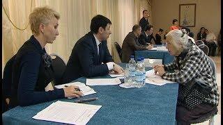 Депутаты сразу трёх Дум провели приём граждан в Ханты-Мансийске