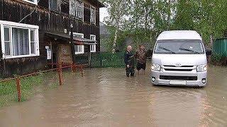Жители Ханты-Мансийска вынуждены ходить по лужам в собственных квартирах