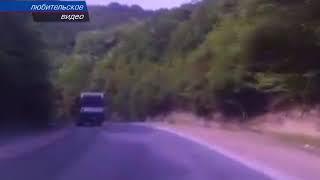 В Крыму автобус улетел в кювет