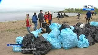 Морские «дворники» вышли на уборку акватории Владивостока