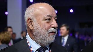 Виктор Вексельберг: «Америка и Китай — экономические сиамские близнецы». Эксклюзивное интервью RTVI