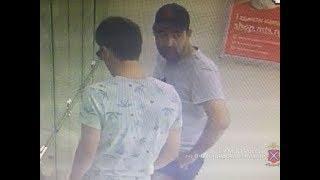 В Волгограде разыскивают подозреваемых в краже дорогостоящих телефонов