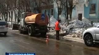 Чистят ливнёвки в Комсомольске