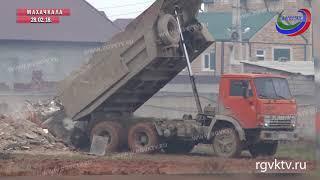 Территорию авторынка очистили от мусора и устроили свалку в поселке Турали