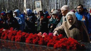 Югорчане возложили цветы к мемориалам воинов