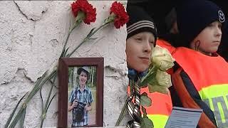16 11 18  Флешмоб, посвящённый памяти жертв ДТП, прошёл в Ижевске
