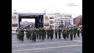 Видео: по площади Куйбышева в Самаре прошел Парад Памяти