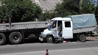 В результате ДТП на Криворожской пострадали 4 человека, из них 1 ребенок