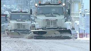 В уборке дорог Ярославля задействовано 100 единиц спецтехники и 98 рабочих