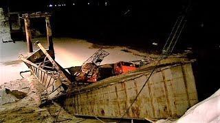Следователи возбудили уголовное дело после обрушения моста в Нефтеюганском районе