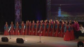 Уральский народный хор отметил 75-летие праздничным концертом