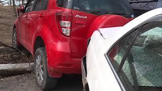 Водитель совершила ДТП, протаранив два авто на Иртышской