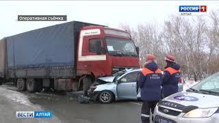 Смертельное ДТП в Алтайском крае: девушка на «Тойоте» погибла под грузовиком