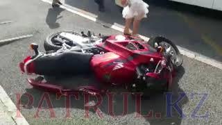 В Алматы в результате ДТП погиб мотоциклист