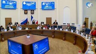 Андрей Никитин выступил с докладом о социально-экономическом развитии региона в первом полугодии