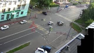 ДТП Б.Октябрьская/Лисицына. 08.08.18.
