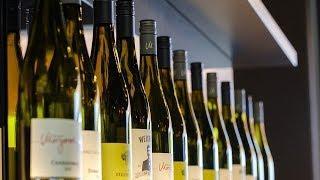 Предпринимателям Югры рассказали, как избежать штрафов при продаже алкоголя