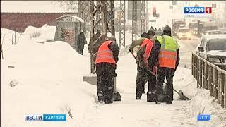 В Петрозаводске продолжается уборка городских улиц
