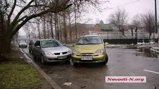 """Видео """"Новости-N"""": Подозреваемая в убийстве новорожденного, стала участницей ДТП"""