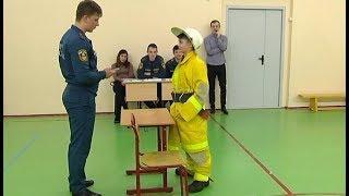 В Покачах пожарные провели соревнования среди школьников
