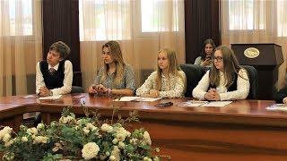 В роли политиков - дети: чем занимается Детский общественный совет в Югре