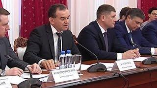 Губернатор Краснодарского края провел встречу с представителями ОНФ