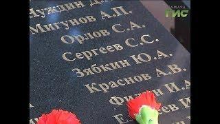 На века застыли в граните. Росгвардия обновила памятник погибшим в горячих точках бойцам
