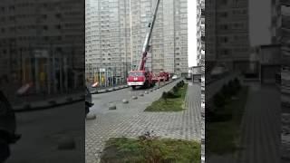В Ростове на Магнитогорской горит квартира (06.12.2018)