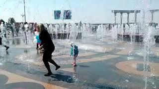 Пешеходный фонтан на набережной заработал в Хабаровске