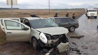 В Башкирии произошло крупное ДТП: пять человек пострадали