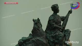 В Махачкале откроют памятник классику дагестанской литературы Омарла Батыраю