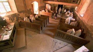 Заброшенную церковь облюбовали призраки
