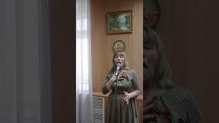Поем о Великой Победе: Нина Сарычева