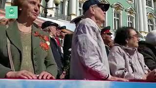Парад Победы начался на Дворцовой площади в Петербурге
