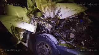 В ДТП с микроавтобусом и фурой под Тулой пострадали 4 человека