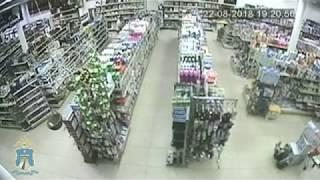 В Железноводске грабитель вынес из супермаркета полную сумку бытовой химии