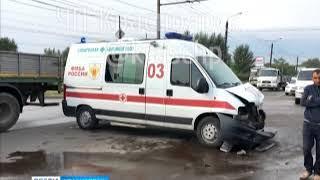 На улице Ястынская произошло ДТП с участием скорой помощи